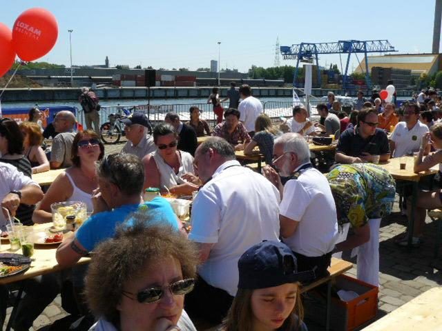 Fête du Port de Bruxelles le 23 mai 2010 - Page 2 Bruxel47