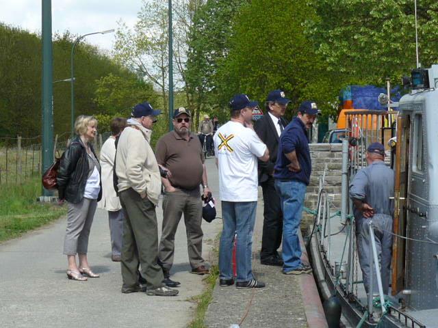 photos de la réunion des anciens à Ittre le 1er mai 2010 - Page 5 Ittre_20