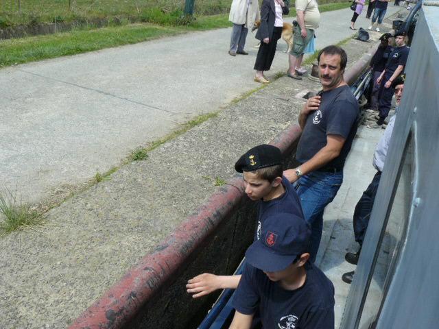 photos de la réunion des anciens à Ittre le 1er mai 2010 - Page 5 Ittre_39