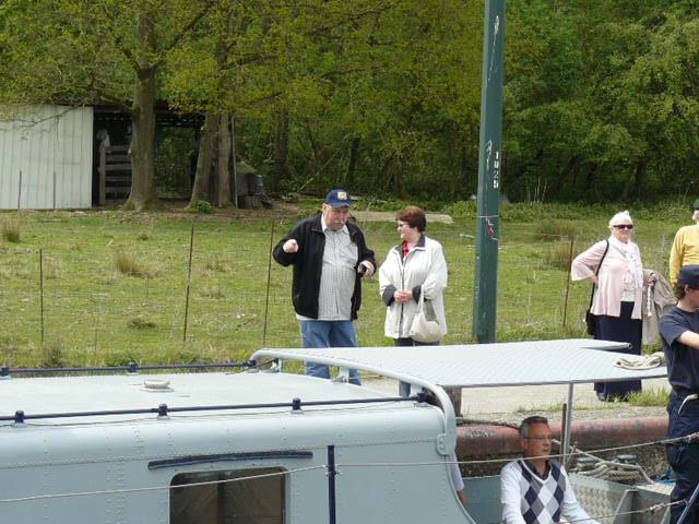 photos de la réunion des anciens à Ittre le 1er mai 2010 - Page 5 Ittre_59