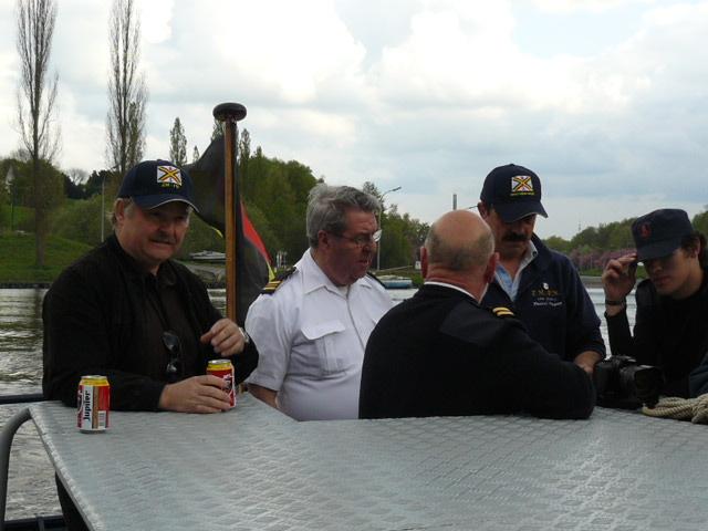 photos de la réunion des anciens à Ittre le 1er mai 2010 - Page 5 Ittre_95