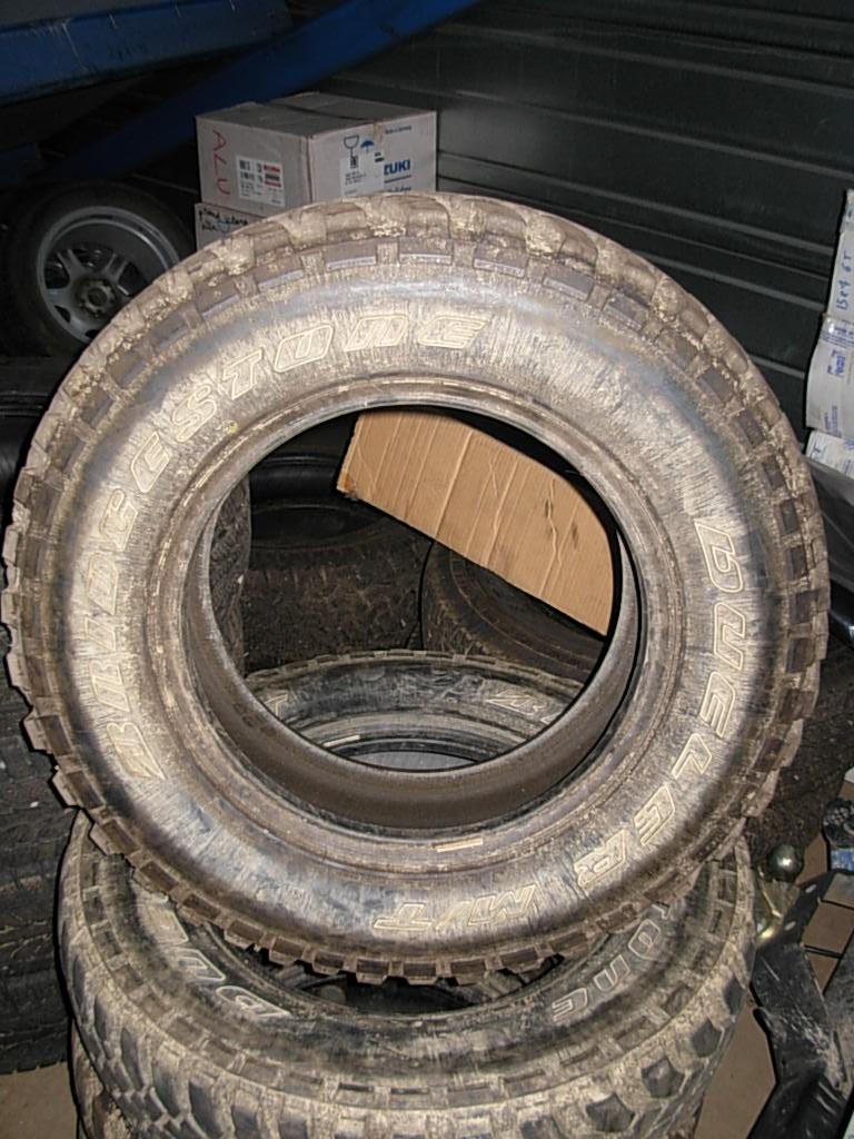 4 pneus tt bridgetone 310