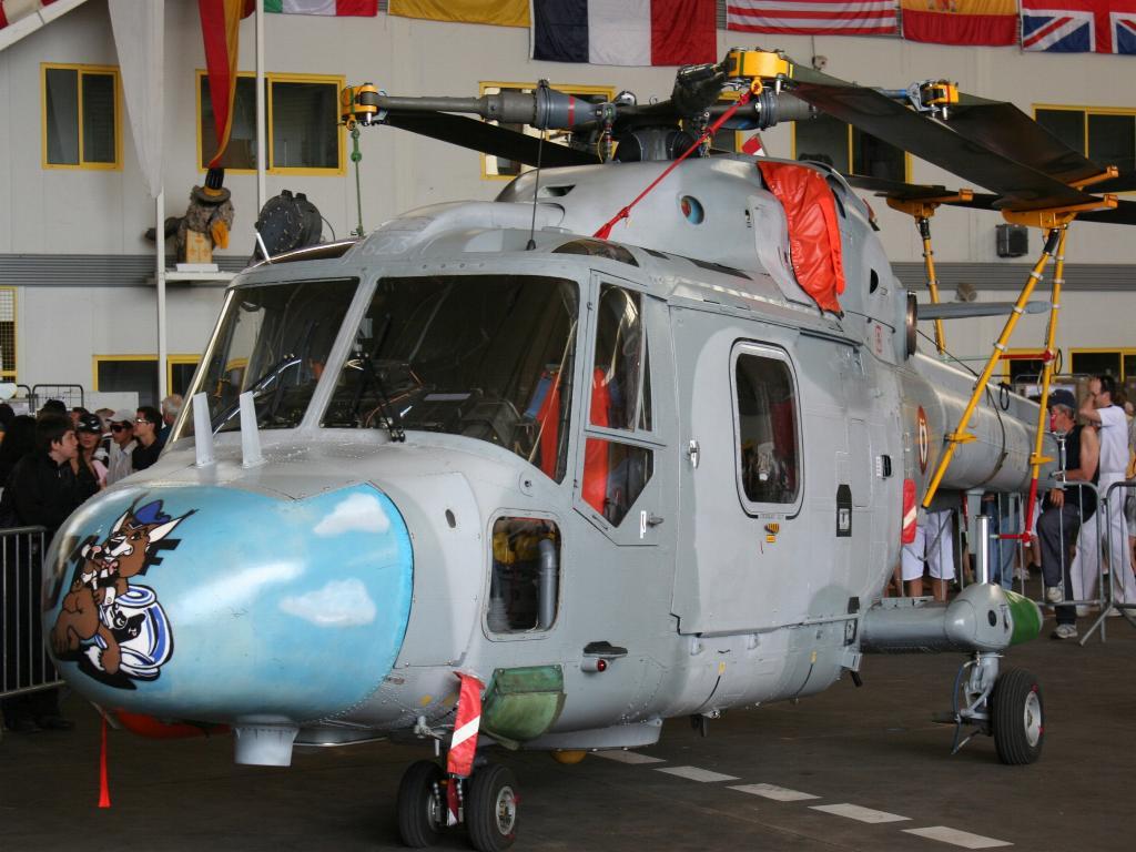 100 ème anniversaire de l'Aéronautique navale - Page 6 041_1010