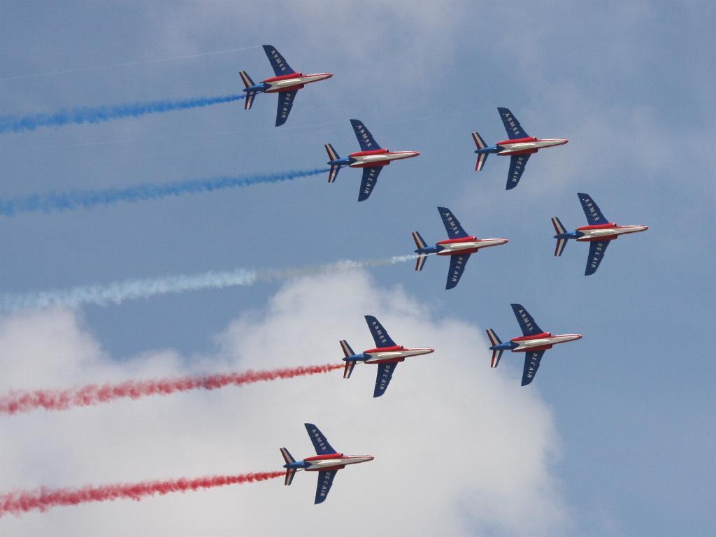 100 ème anniversaire de l'Aéronautique navale - Page 7 088_1010