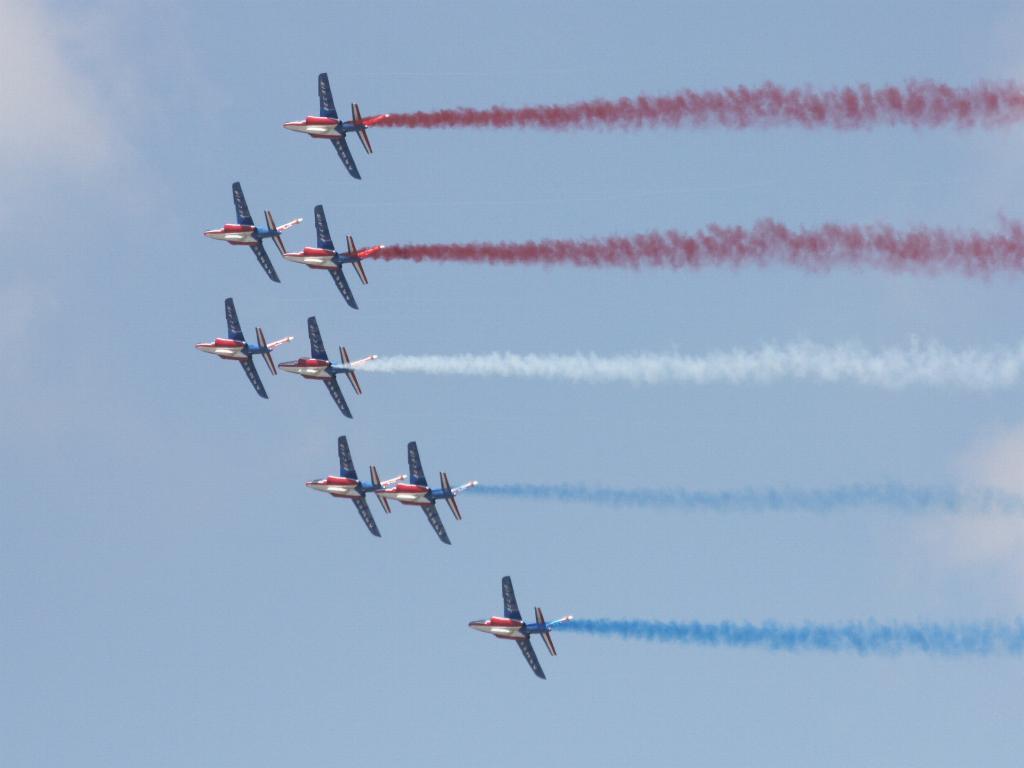 100 ème anniversaire de l'Aéronautique navale - Page 7 092_1010