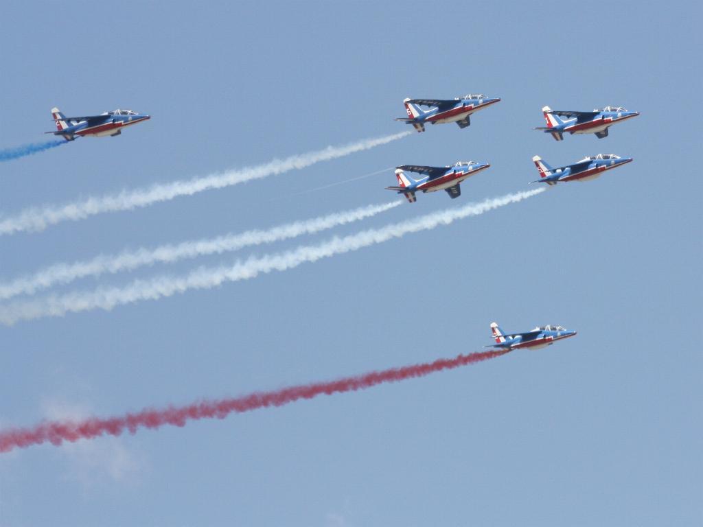 100 ème anniversaire de l'Aéronautique navale - Page 7 098_1010