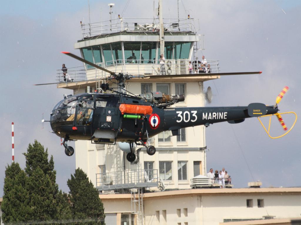 100 ème anniversaire de l'Aéronautique navale - Page 8 125_1010