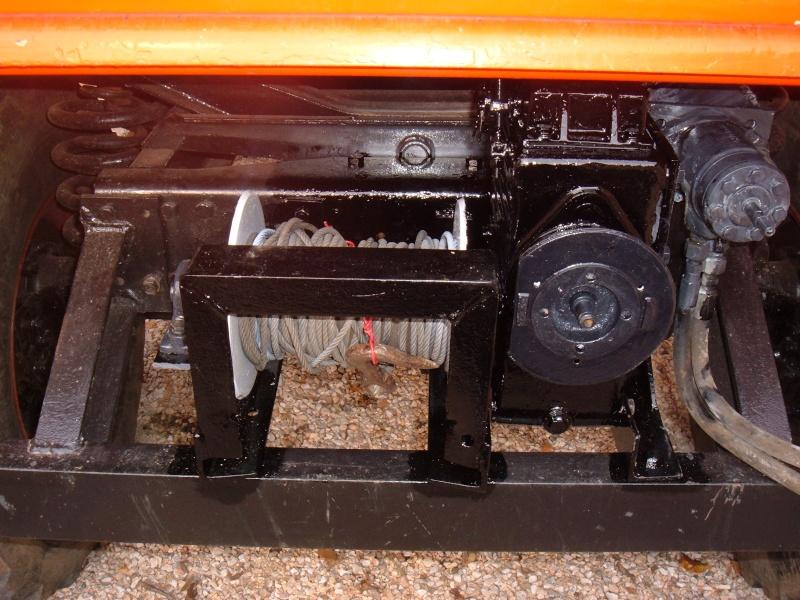 Montage treuil hydraulique sur 406 Dscf1512