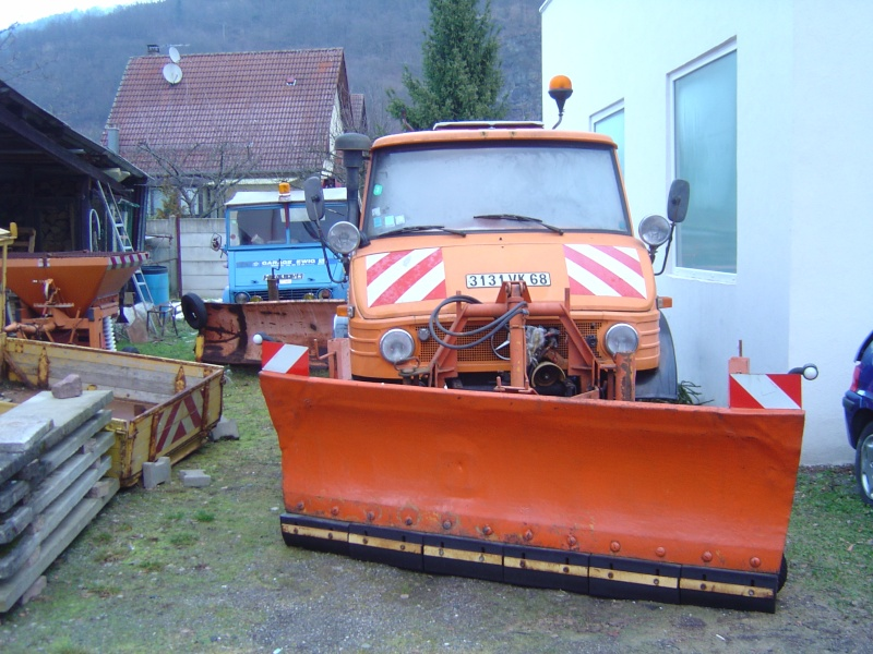 photos unimog chasse neige - Page 2 Dsc03311