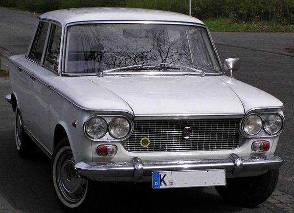 Les Fiat (anciennes) 800px-25