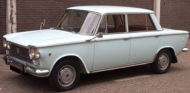 Les Fiat (anciennes) 800px-29