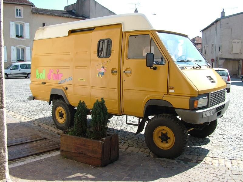 Petit renault B90111