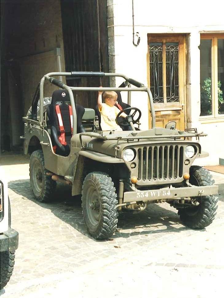 CASTOR SINPAR Jeepb10