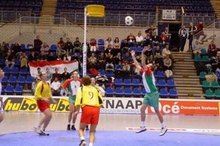 Deportes poco conocidos : korfball Korfba10