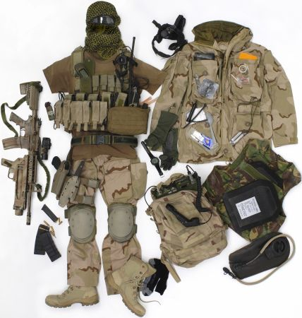 DUTCH SF GEAR (originally posted by ys2003) Comspe10