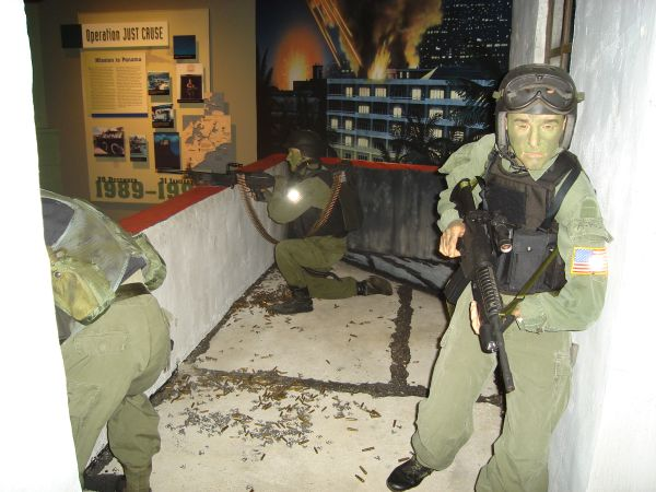 Delta Force Display from Just Cause-Museum Pictures (originally posted by nkomo) Delta_10