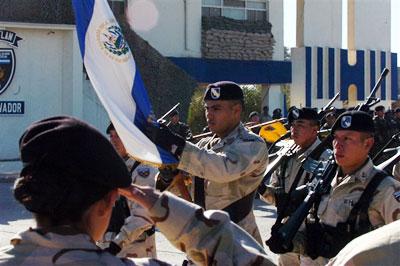 EL SALVADOR military photos (REFERENCE) Salvad10