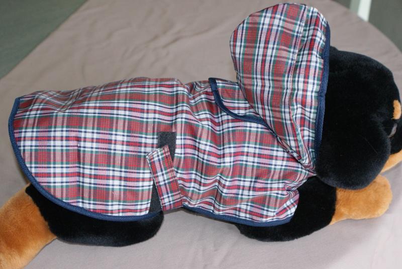 Manteau Imperméable à capuche écossais. Dsc03713