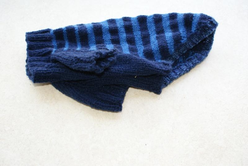 Manteau laine bleu marine et bleu foncé avec pattes. Dsc05111