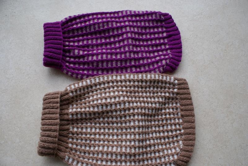 Manteau laine à carreaux où à côtes (tricoté main). Mantea23