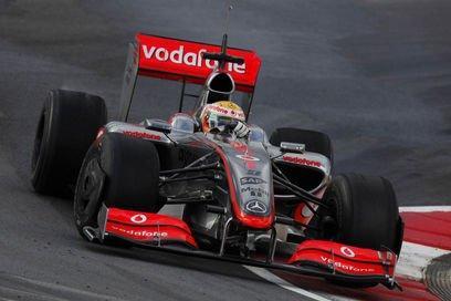 Hamilton compara el MP4/26 con el desastroso coche de 2009 Hamilt10