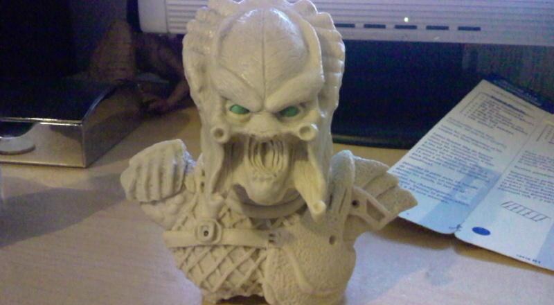 ma deuxieme sculpture mon premier predator Photo013