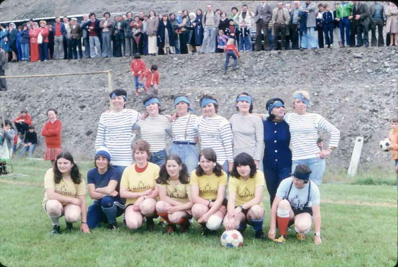 Equipe féminine de football à Brasparts Footda10