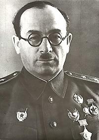 Généraux et amiraux soviétiques moins connus Rotmis10