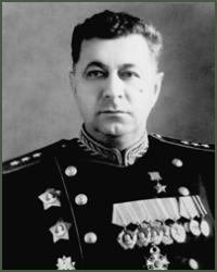 Généraux et amiraux soviétiques moins connus - Page 2 Trofim10