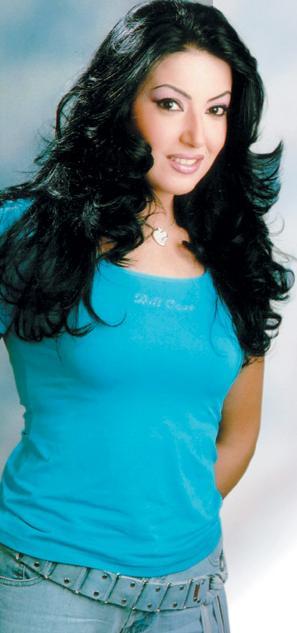 سمية الخشاب: أعمل راقصة في 'شارع الهرم' للتعريف Sumeea10
