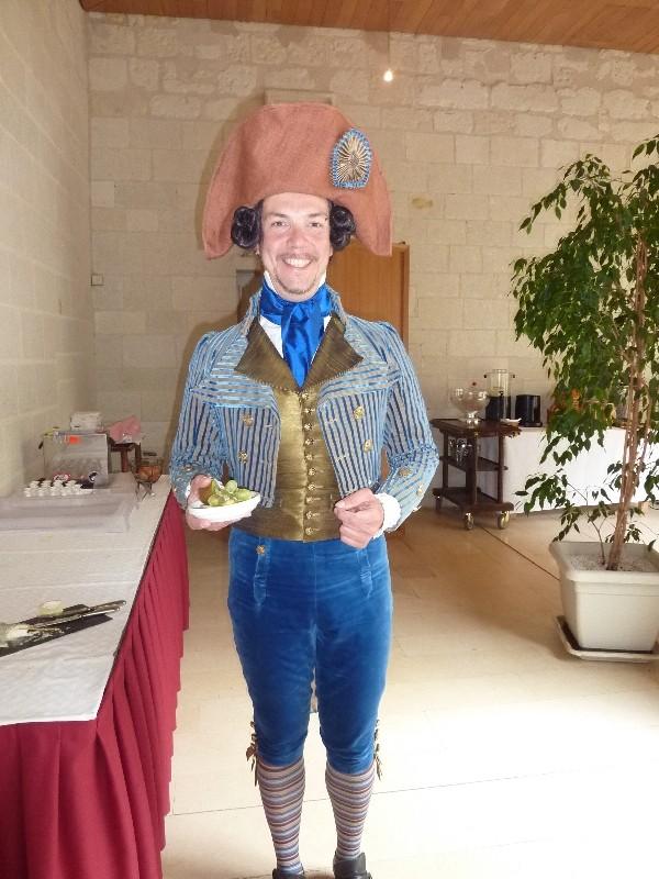 Balade en costume et visite de l'abbaye de Fontevraud 2010 Ballum12
