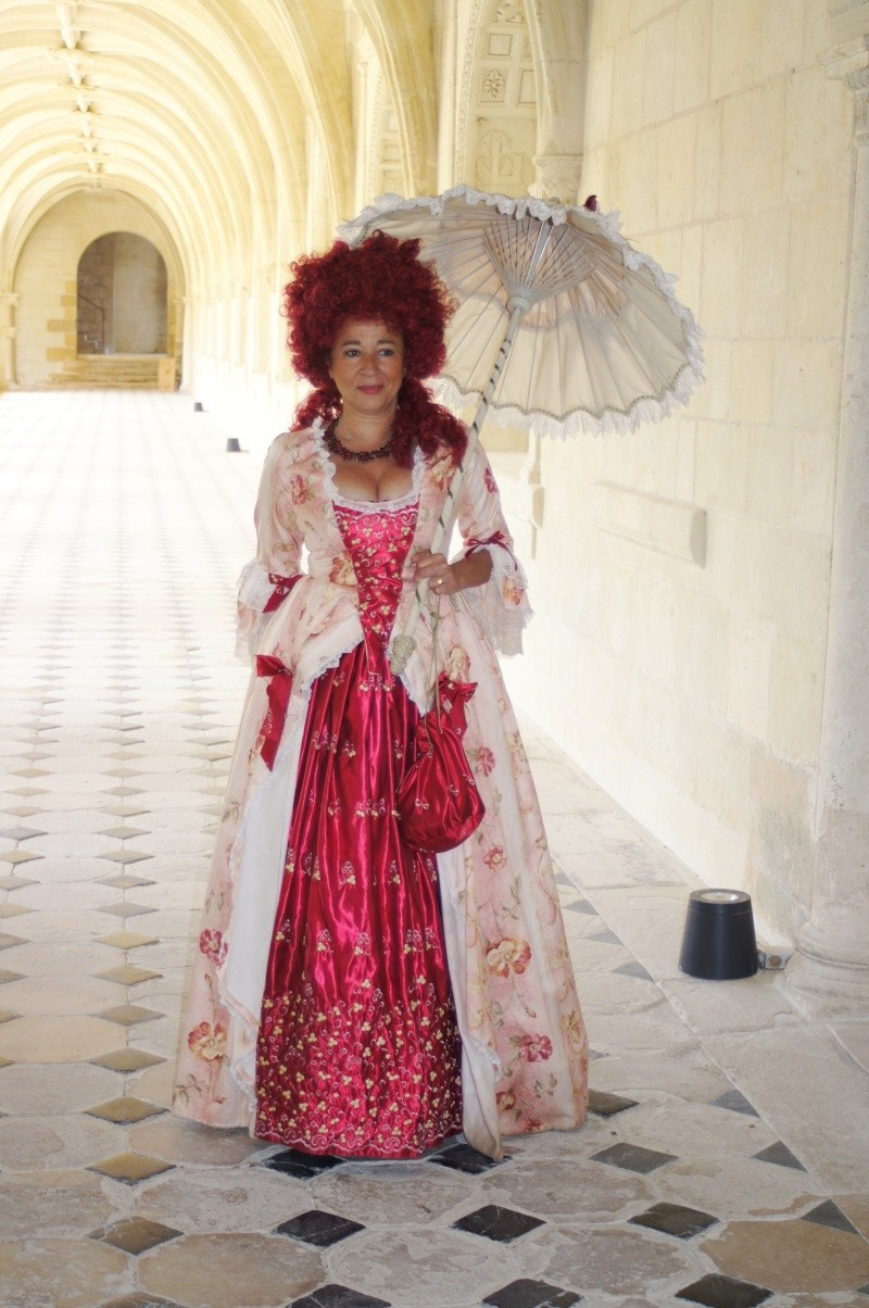 Balade en costume et visite de l'abbaye de Fontevraud 2010 Dsc01610