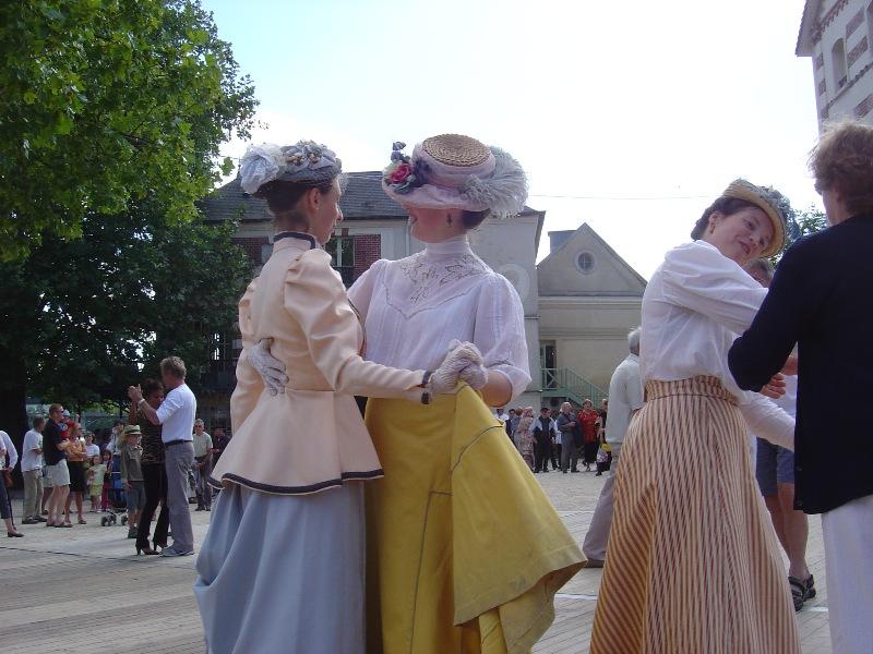 Bal des Impressionnistes à Chatou 2004 Dsc01916