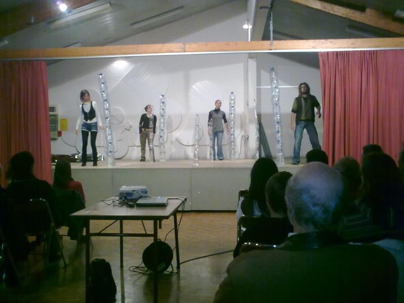 """Soirée théâtre """"La Belle Rouge"""" 2010-010"""