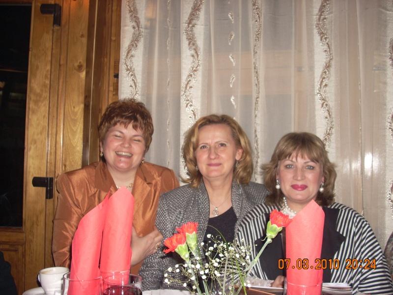 Sarbatorirea zilei de 8 martie 2010 intre prieteni 07_mar20