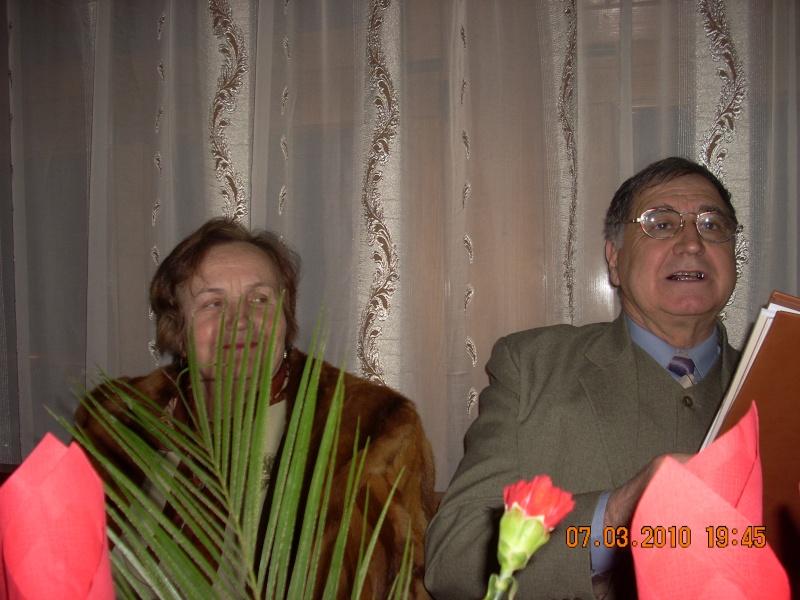 Sarbatorirea zilei de 8 martie 2010 intre prieteni 07_mar39