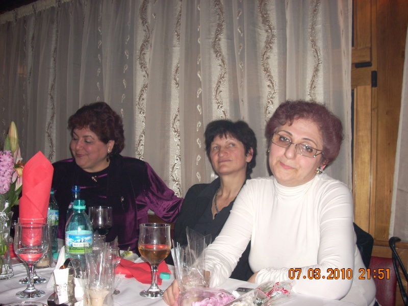 Sarbatorirea zilei de 8 martie 2010 intre prieteni 07_mar49