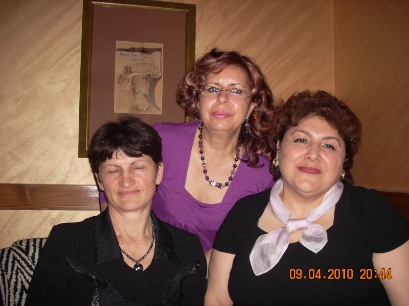 9 APRILIE 2010-Sedinta a-II-a a Cenaclului U.P-Lansare de carte-Mărioara Vişan si Elena Păduraru 09_apr45