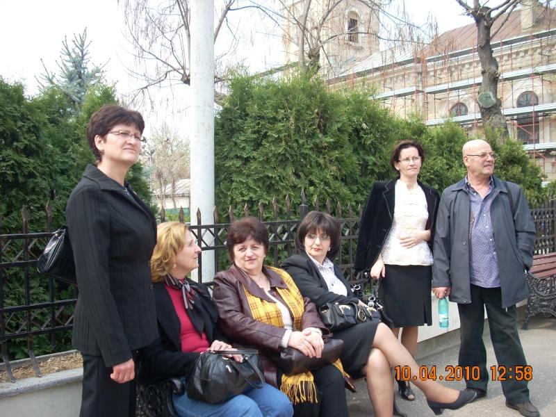 9 APRILIE 2010-Sedinta a-II-a a Cenaclului U.P-Lansare de carte-Mărioara Vişan si Elena Păduraru 10_apr15