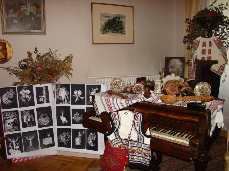 13 noiembrie 2010 -Sedinta a VII-a a Cenaclului U.P.-Lansare de carte-Vasilica Ilie-Fereastra de la Răsăritul Cuvântului Cenac114