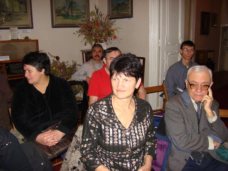 13 noiembrie 2010 -Sedinta a VII-a a Cenaclului U.P.-Lansare de carte-Vasilica Ilie-Fereastra de la Răsăritul Cuvântului Cenac120