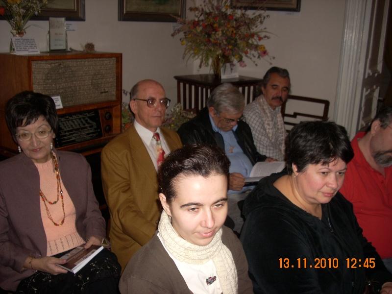 13 noiembrie 2010 -Sedinta a VII-a a Cenaclului U.P.-Lansare de carte-Vasilica Ilie-Fereastra de la Răsăritul Cuvântului Cenac125