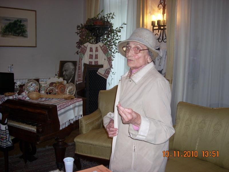 13 noiembrie 2010 -Sedinta a VII-a a Cenaclului U.P.-Lansare de carte-Vasilica Ilie-Fereastra de la Răsăritul Cuvântului Cenac128