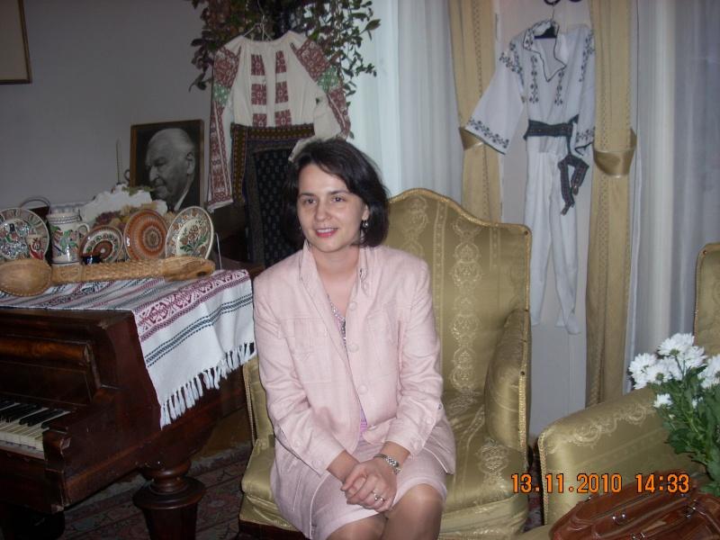 13 noiembrie 2010 -Sedinta a VII-a a Cenaclului U.P.-Lansare de carte-Vasilica Ilie-Fereastra de la Răsăritul Cuvântului Cenac131