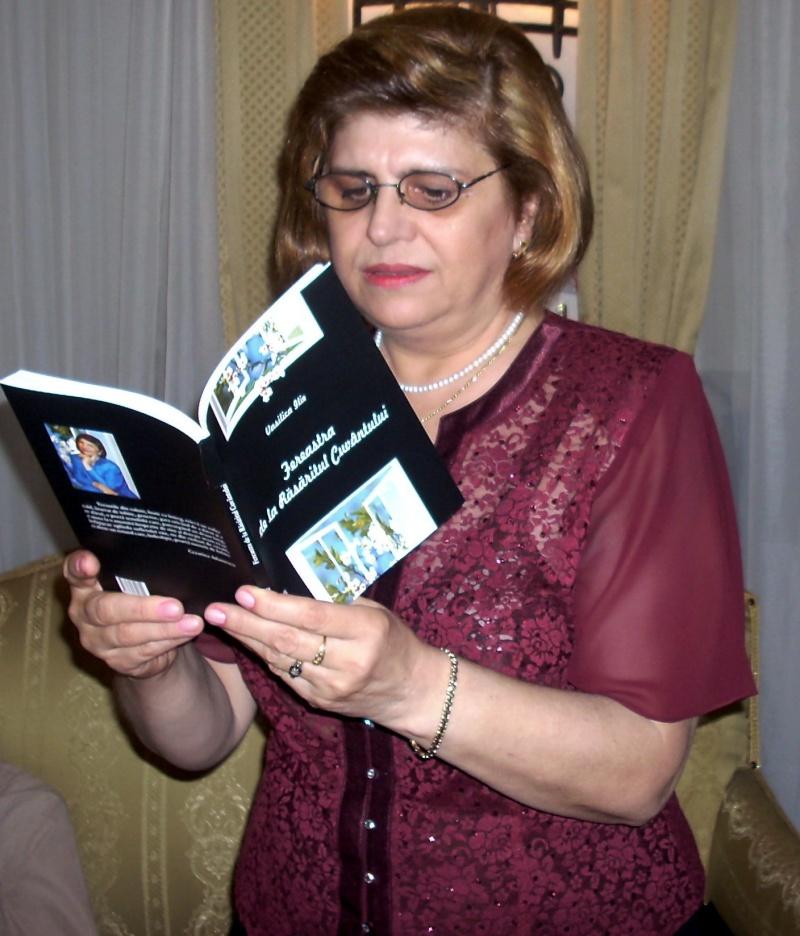 13 noiembrie 2010 -Sedinta a VII-a a Cenaclului U.P.-Lansare de carte-Vasilica Ilie-Fereastra de la Răsăritul Cuvântului Cenac136