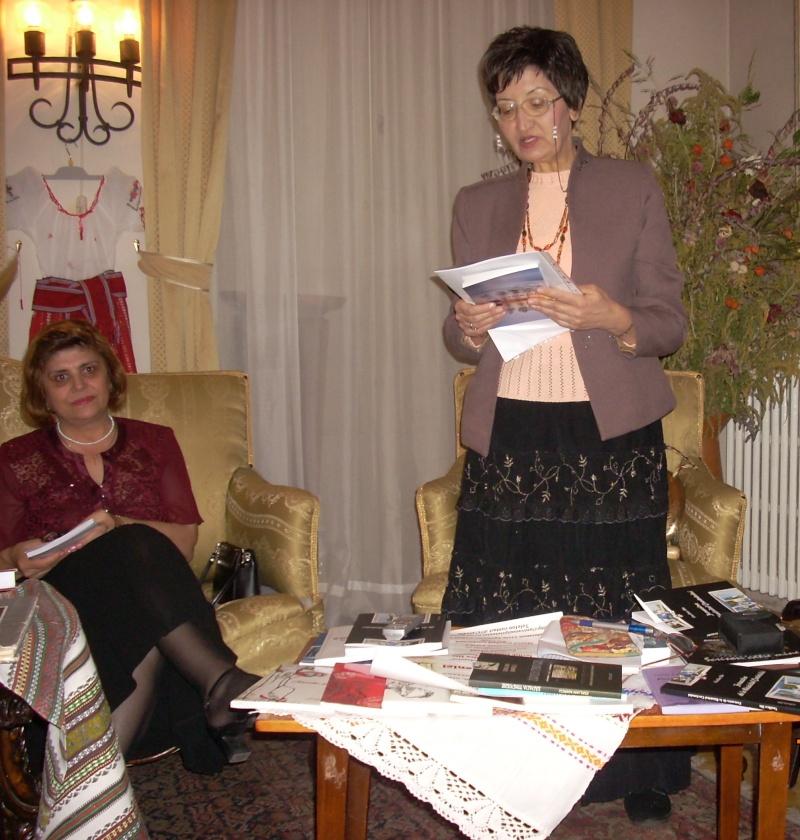 13 noiembrie 2010 -Sedinta a VII-a a Cenaclului U.P.-Lansare de carte-Vasilica Ilie-Fereastra de la Răsăritul Cuvântului Cenac138