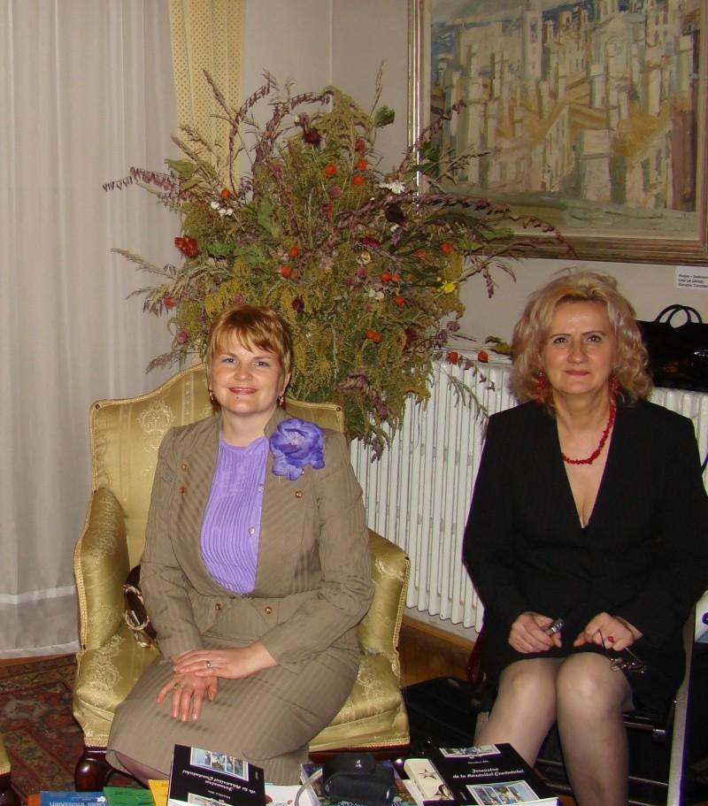 13 noiembrie 2010 -Sedinta a VII-a a Cenaclului U.P.-Lansare de carte-Vasilica Ilie-Fereastra de la Răsăritul Cuvântului Cenac144