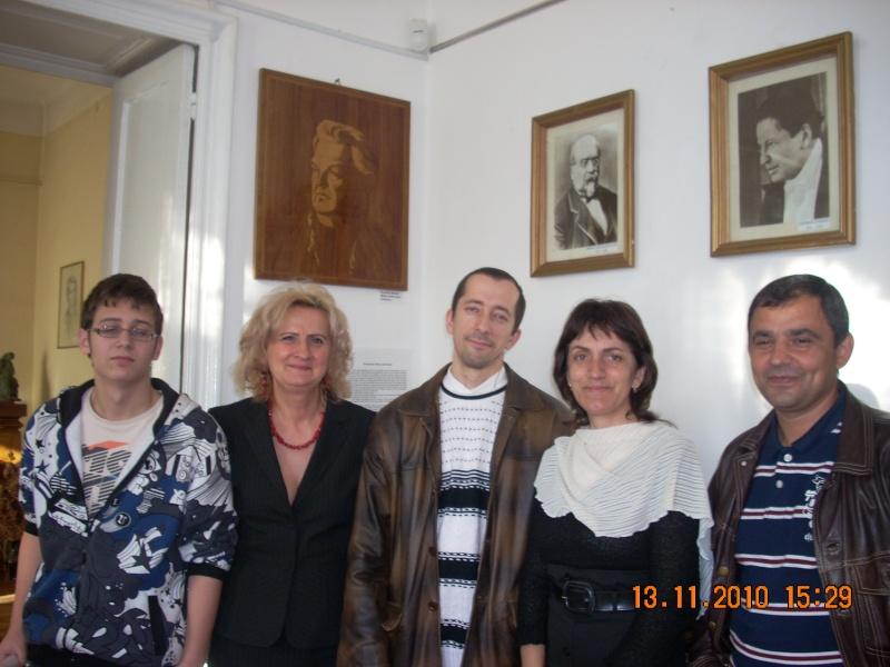 13 noiembrie 2010 -Sedinta a VII-a a Cenaclului U.P.-Lansare de carte-Vasilica Ilie-Fereastra de la Răsăritul Cuvântului Cenac151
