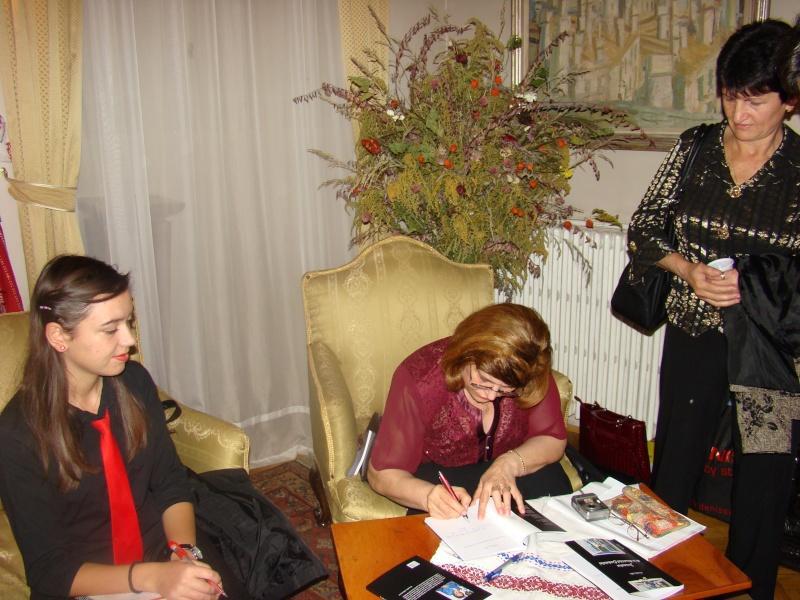 13 noiembrie 2010 -Sedinta a VII-a a Cenaclului U.P.-Lansare de carte-Vasilica Ilie-Fereastra de la Răsăritul Cuvântului Cenac159