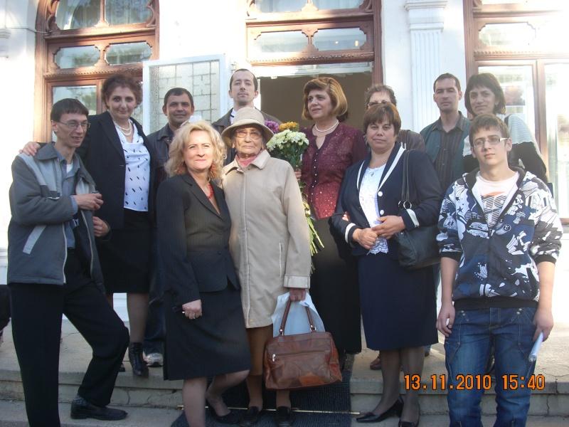 13 noiembrie 2010 -Sedinta a VII-a a Cenaclului U.P.-Lansare de carte-Vasilica Ilie-Fereastra de la Răsăritul Cuvântului Cenac163